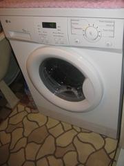Продаю стиральную машину LG автомат