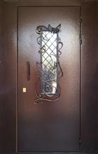 Тамбурные металлические двери,  решётки,  стальные кладовки в подъездах